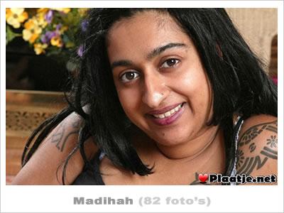 sex met hindoestaanse naakte vrouwen borsten